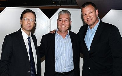 From L-R: Isaac Herzog, Shlomo Gradman and Erel Margalit at the Semiconductor Club in Tel Aviv (Photo credit: Courtesy)