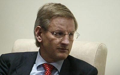 Former Swedish prime minister Carl Bildt (photo credit: Ahmad Gharabli /Flash90)