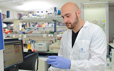 Dr. Jacob Hanna at his Weizmann Institute lab (Photo credit: Courtesy)