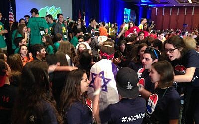 Illustrative: Some 800 teens attended the annual United Synagogue Youth international conference in 2014  in Atlanta. (courtesy)