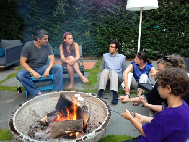 A Kavana Cooperative neighborhood meet-up (Courtesy of Kavana/JTA)