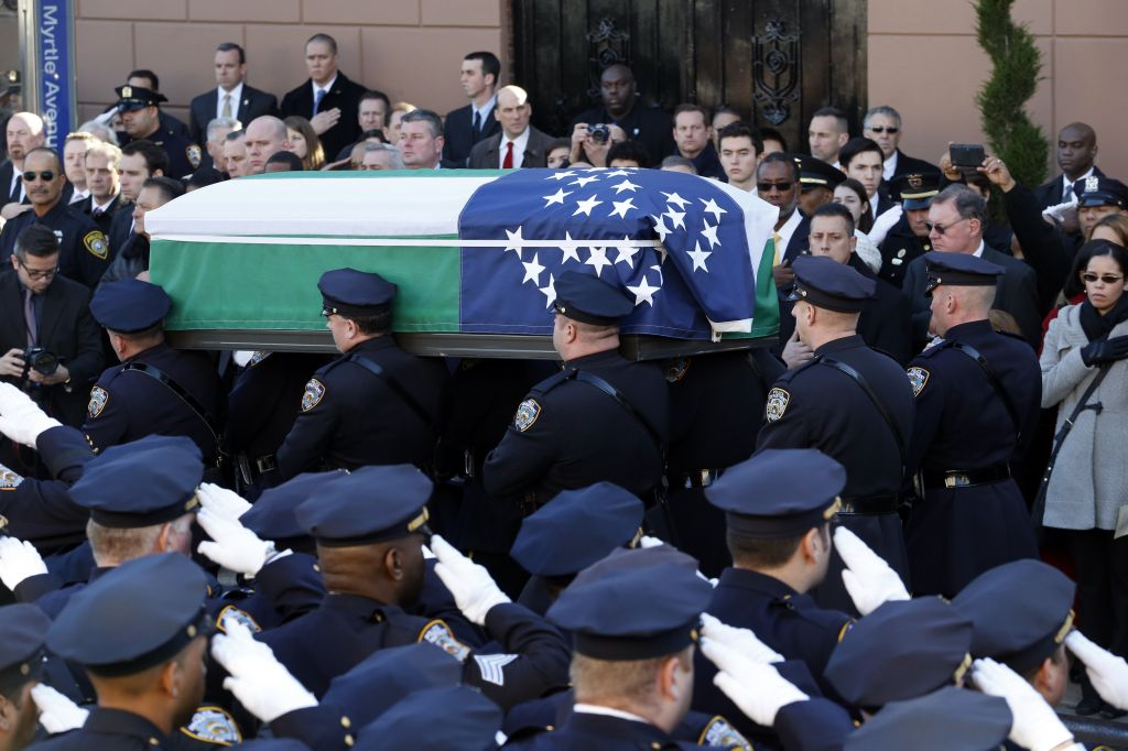 brooklyn jewish community urged to attend police officer s funeral