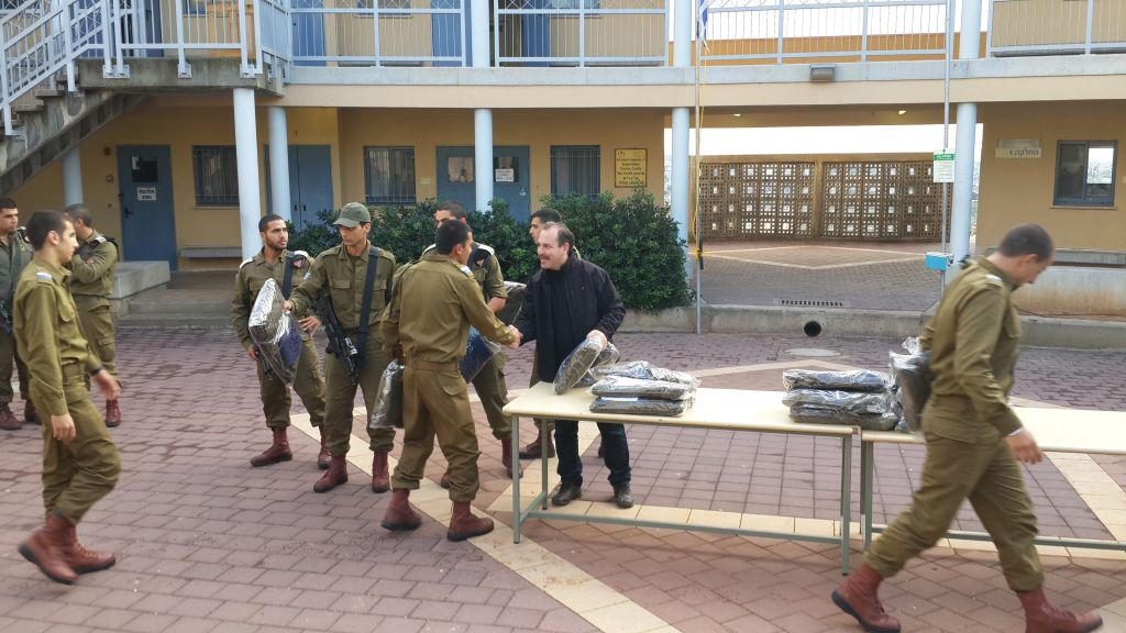 Rules Of Engagement Vary For Americans Aiding Idf Soldiers The