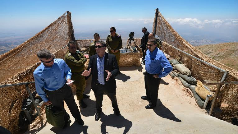 Ashton Carter touring an Israel Defense Forces' position in northern Israel, 2013 (photo credit: US Department of Defense)