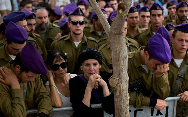 Soldiers from the Givati Brigade at the funeral of Lt. Hadar Goldin (photo credit: Oded Balilty/ AP Photo)