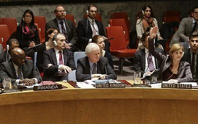 Samantha Power, the US ambassador to the United Nations, right, votes during a meeting of the UN Security Council Tuesday, December 30, 2014 (Photo credit: Frank Franklin II/AP)