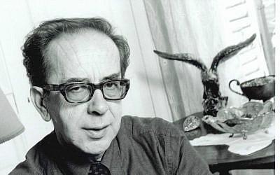 Albanian writer Ismail Kadera to win Jerusalem Prize (Courtesy Ismail Kadera)