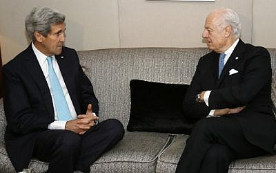 US Secretary of State John Kerry (L) meets on January 14, 2015 with UN special envoy to Syria Staffan de Mistura in Geneva ahead of the latter's upcoming trip to Damascus. photo credit: (AFP/ POOL/RICK WILKING)