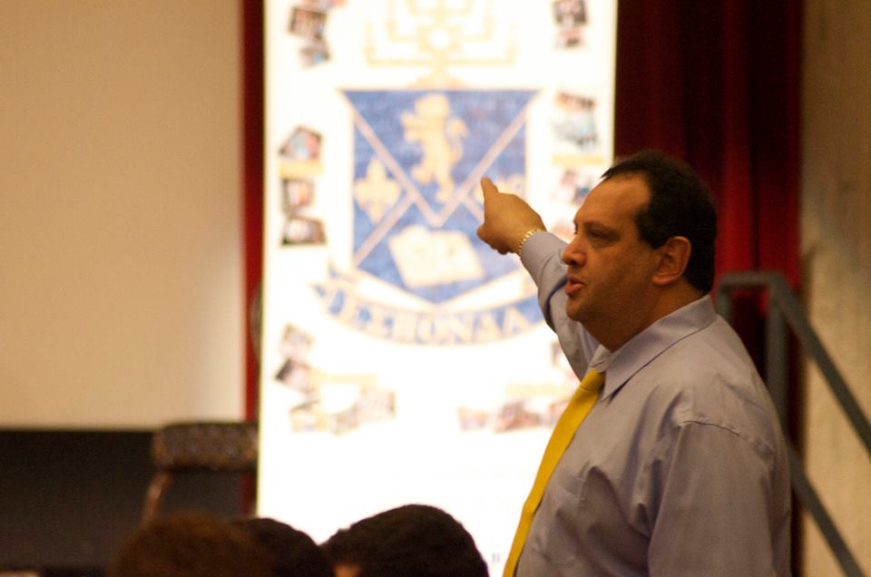 Andy Borans, executive director of the Jewish fraternity Alpha Epsilon Pi, or AEPi, speaks at a March, 2014 conclave held in Amherst, Massachusetts (photo courtesy: AEPi)