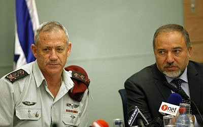 IDF Chief of Staff Benny Gantz with Foreign Minister Avigdor Liberman, at a 2013 Knesset committee meeting (Photo credit: FLASH90)