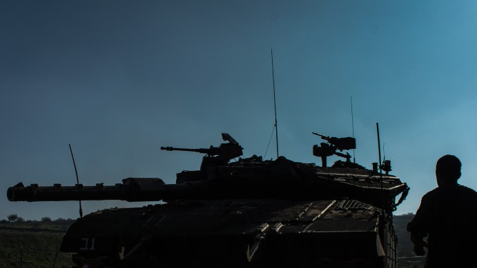 IDF troops in the Golan Heights, northern Israel, on January 20, 2015 (Photo credit: Basal Awidat/Flash90)