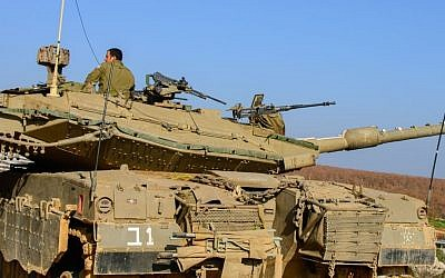 IDF forces on the Golan Heights, northern Israel, January 20, 2015. (Basal Awidat/Flash90)
