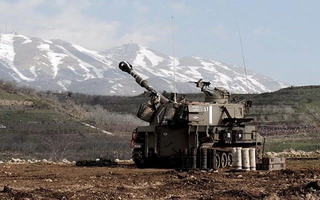 Israeli artillery on the Lebanon border, January 28, 2015 (Photo credit: IDF Spokesperson)