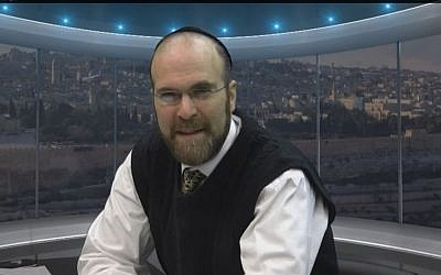 """Rabbi Dovid Winiarz, also known as the """"Facebuker Rebbe,"""" killed in a car accident January 18, 2015 (screen capture: YouTube)"""