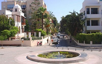 Bialik Street viewed from the plaza (photo credit: Shmuel Bar-Am)