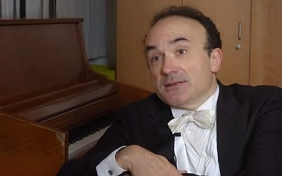 French-Jewish conductor Frédéric Chaslin (photo credit: YouTube screenshot)