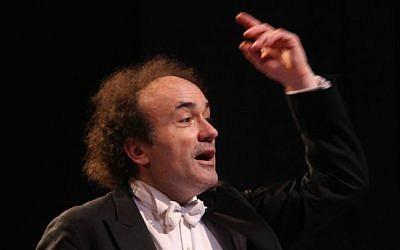 Maestro Frédéric Chaslin, a second generation Holocaust survivor originally from France, will conduct Shostakovich's Babi Yar symphony with the Jerusalem Symphony Orchestra for International Holocaust Day (Courtesy Jerusalem Symphony Orchestra)