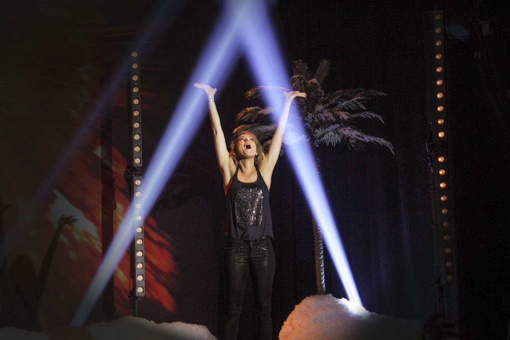 Seen here in 'Iliza Shlesinger: Freezing Hot,' the Jewish comedian cites healthy doses of Nickelodeon animated series from her childhood as crucial in shaping her voice. (Lisa Higginbotham © 2014 Netflix, Inc.)