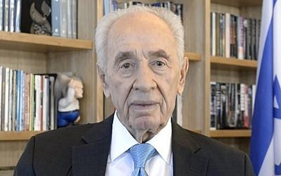 In a New Year's greeting former president Shimon Peres urges for a year of cooperation, peace and tolerance. (Photo credit: courtesy)