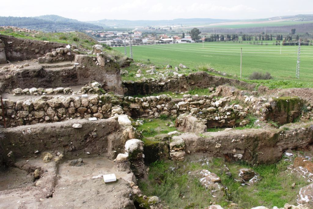 Field Of Joshua Of Beth Shemesh: At Tel Beit Shemesh, An Ancient Biblical Site Transforms