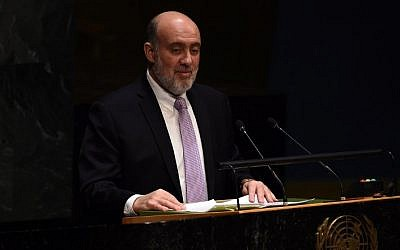 Israeli Ambassador to the United Nations Ron Prosor speaks at the UN headquarters in New York on January 22, 2015, during an informal meeting of the plenary of the General Assembly to address concerns of a rise in anti-Semitic violence worldwide. (photo credit: AFP PHOTO/JEWEL SAMAD)