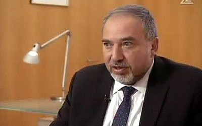 Foreign Minister  Avigdor Liberman speaks to Channel 2 Friday, January 16, 2015. (Photo credit: Channel 2 screenshot)