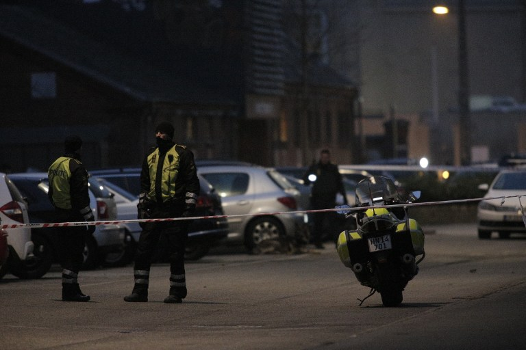 Policemen secure the area around a building in Copenhagen, Denmark, where shots were fired on February 14, 2015 outside the venue of a debate held on Islam and free speech. (photo credit: AFP PHOTO / MARTIN SYLVEST / SCANPIX)