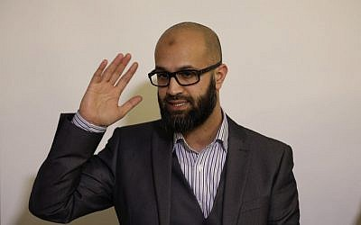CAGE research director, Asim Qureshi during a press conference held by the CAGE human rights charity in London, Thursday, Feb. 26, 2015. (photo credit: AP Photo/Matt Dunham)