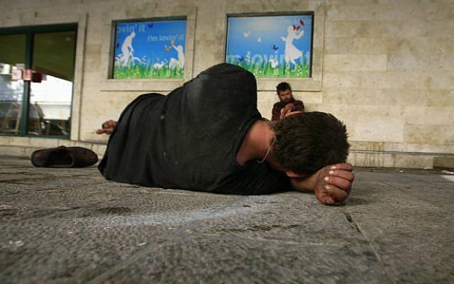 Homeless Israelis in the street, file photo (Photo credit: Nati Shohat/Flash 90)
