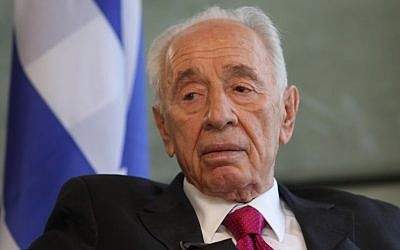 Former president Shimon Peres, seen during an interview in his office in the Peres Center for Peace, Tel Aviv, September 29, 2014 (photo credit: Yaakov Naumi/Flash90)