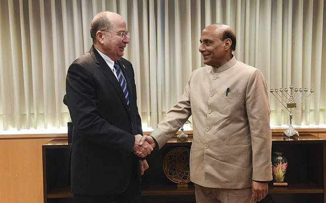 Moshe Ya'alon meets with Indian Minister of Home Affairs Shri Rajnath Singh, in Tel Aviv on November 7, 2014. (photo credit: Alon Basson / Ministry of Defense/ FLASH90)