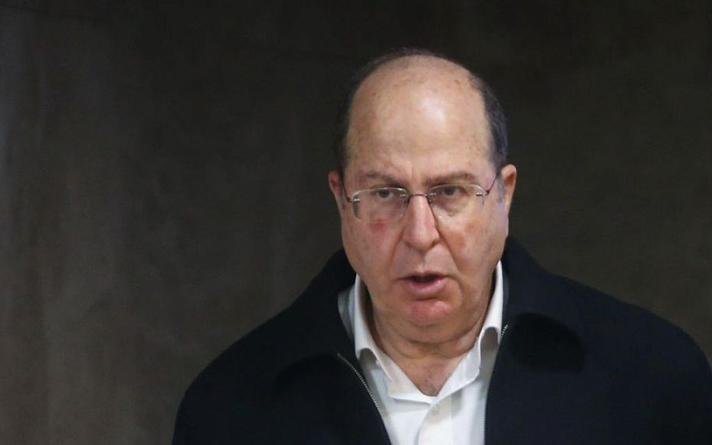 Defense Minister Moshe Ya'alon (Alex Kolomoisky/POOL/FLASH90)