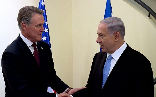 Prime Minister Benjamin Netanyahu meets with US Senator David Perdue in Jerusalem on February 18, 2015. (Photo credit: Kobi Gideon / GPO)