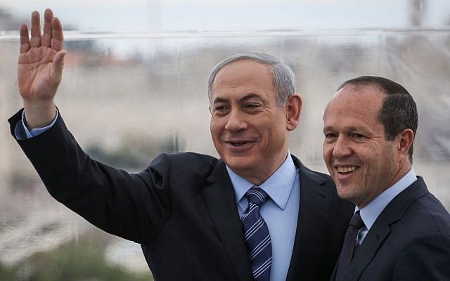 Prime Minister Benjamin Netanyahu (left) and Jerusalem Mayor Nir Barkat (right) hold a press conference at the Mamilla Hotel in Jerusalem, February 23, 2015. (Hadas Parush/Flash90)