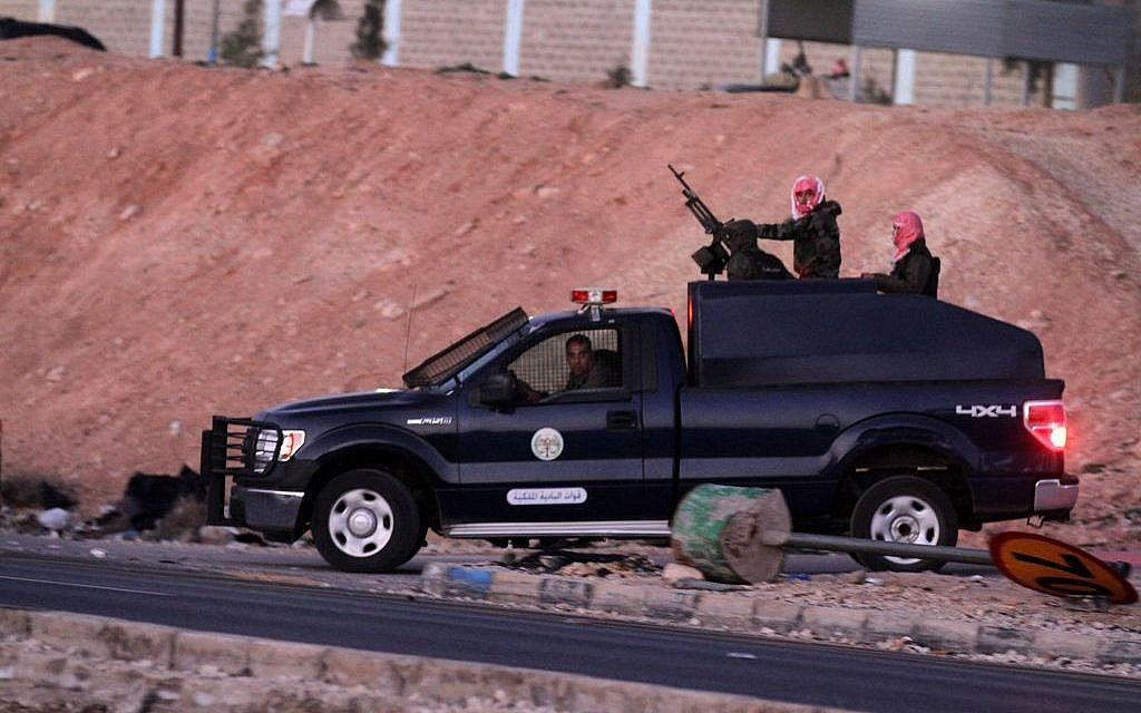 Jordanian security forces leave Swaqa prison, after the executions of Sajida al-Rishawi and Ziad al-Karbouly on Wednesday, February 4, 2015. (photo credit: AP/Raad Adayleh)