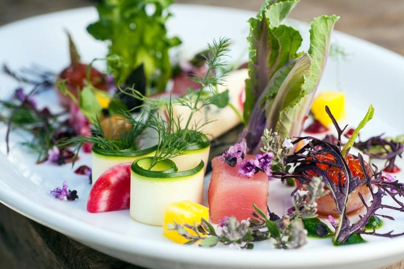 Edible blossoms and vegetables by Yoav Bar (Courtesy Yoav Bar)