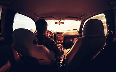 Interior view of a connected car (Photo credit: Pexels)