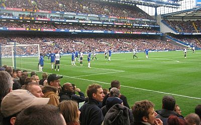 Illustrative photo of Chelsea FC fans (photo credit: Wikimedia Commons/CC BY 2.0/FlickreviewR)