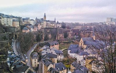 A view of Luxembourg City (Photo credit: CC-BY-SA Sixdown/Wikimedia Commons)