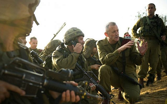 At a Central Command drill on November 13, 2014 (photo credit: Gadu Yampel/ IDF Spokesperson's Unit/ Flash 90)