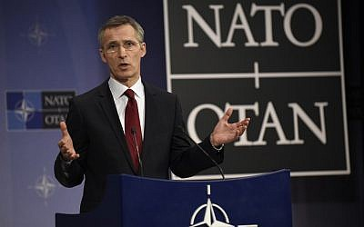 NATO Secretary General Jens Stoltenberg gives a press conference during a defense ministers meeting at NATO Headquarters in Brussels on February 5, 2015. (AFP Photo/John Thys)