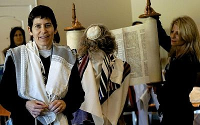 Rabbi Rachel Timoner, associate rabbi of the Leo Baeck Temple in Los Angeles, tapped to take over the pulpit at Congregation Beth Elohim in Brooklyn, NY. (photo credit: Courtesy Leo Baeck Temple/JTA)
