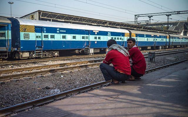maodolteeillustrative photo of Indian train Shutterstock.com