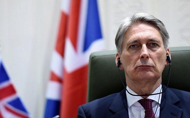 British Foreign Secretary Philip Hammond on March 23, 2015 (Photo credit: Fayez Nureldine/AFP)