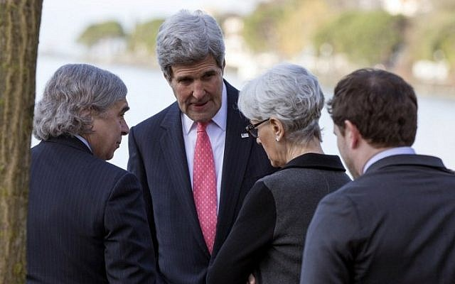 US Secretary of State John Kerry meets with Energy Secretary Ernest Moniz (L) and Under Secretary of State for Political Affairs and nuclear negotiator Wendy Sherman (2-R) ahead of a meeting with Iranian Foreign Minister Mohammad Javad Zarif for a new round of nuclear negotiations on March 3, 2015, in Montreux, Switzerland. (Photo credit: AFP)