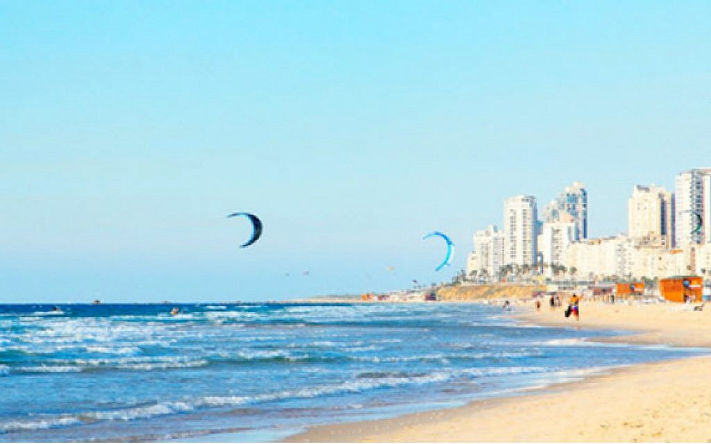 Tel Aviv beach (photo: Courtesy)