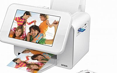 Epson digital photo frame and printer (Photo credit: Courtesy)