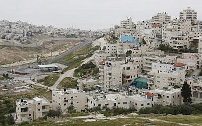The East Jerusalem neighborhoods of Issawiyah and Shuafat. (Miriam Alster/Flash90)