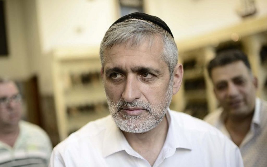 Leader of the Yachad political party Eli Yishai on his campaign tour, March 08, 2015. (photo credit: Tomer Neuberg/FLASH90)