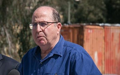 Defense Minister Moshe Ya'alon, March 10, 2015 (Ohad Zwigenberg, Pool)